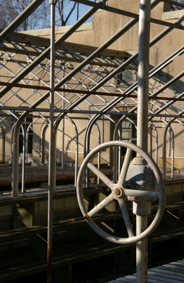 greenhouse wheel