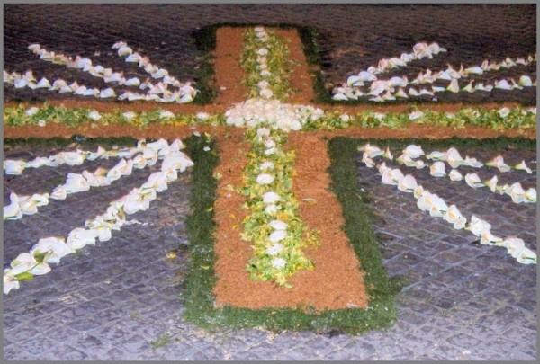 tapete flores cruz