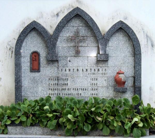 Santo António mural
