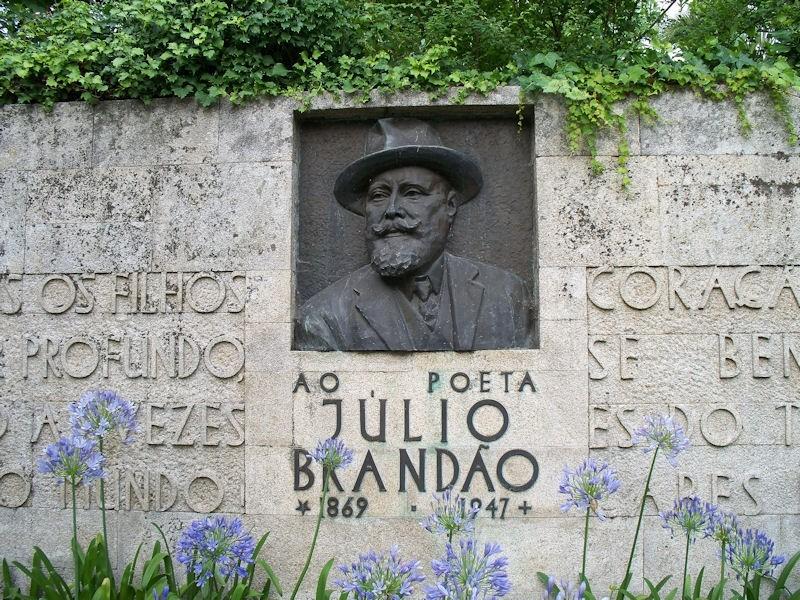 Júlio Brandão