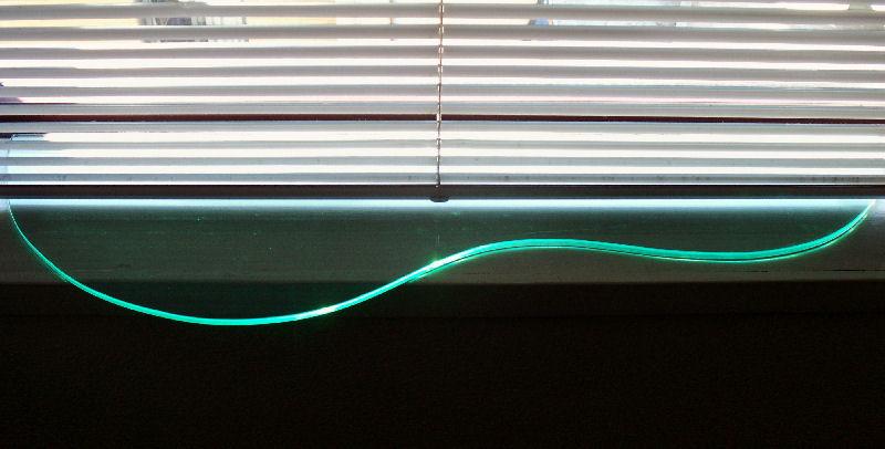 green curve light