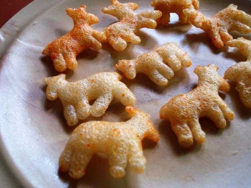 Sheep-shaped frymes