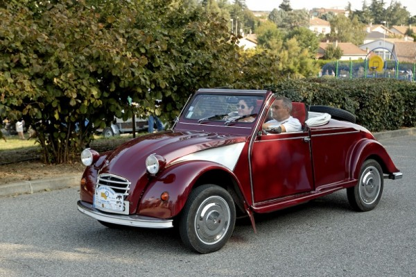 Convertible 2 CV,  special car, DROME automobile