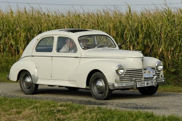 Peugeot 203 Drome CHATEAUNEUF-SUR-ISERE