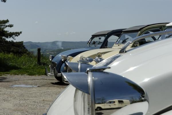 2cv Drome Puy-Saint-Martin automobile