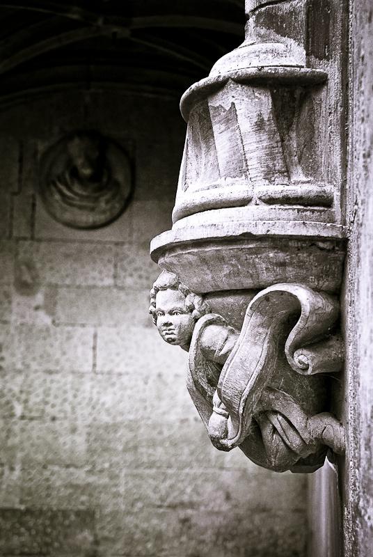 Statue Valence Drome 26