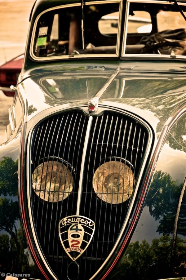 Peugeot automobile Tournon-Sur-Rhone