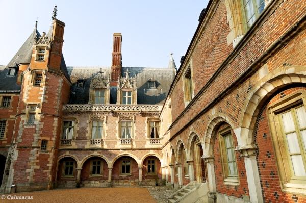 Chateau architecture
