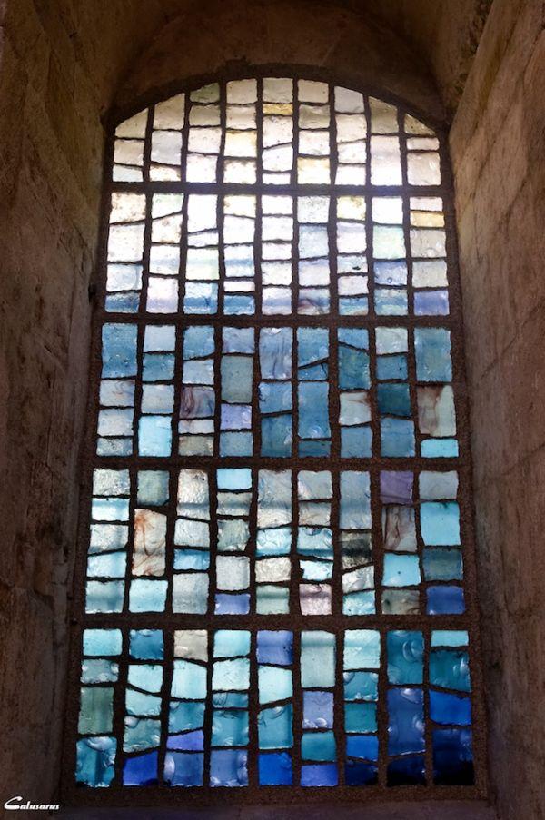 Arles vitrail