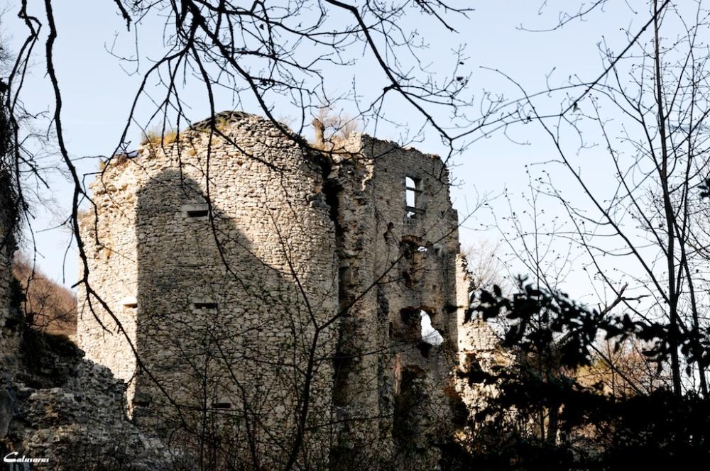 Drome ruine chateau rochechinard