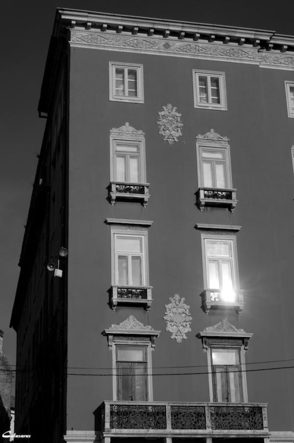 N&B Split Architecture