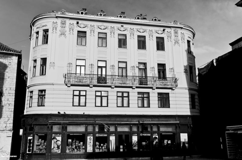 N&B architecture Croatie