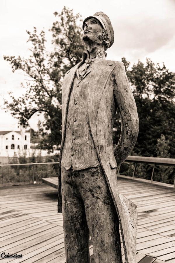 Angouleme BD statue art