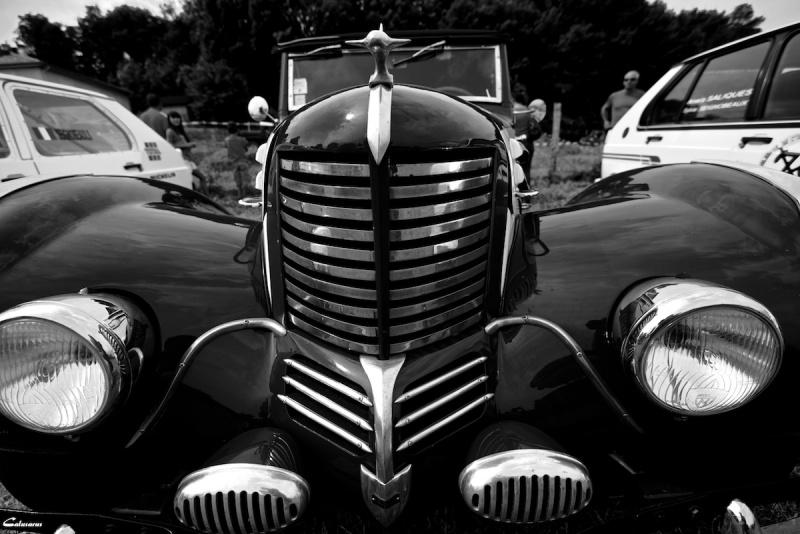 automobile drome 26 N&B