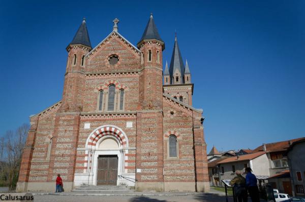 Eglise Isere architecture Roybon