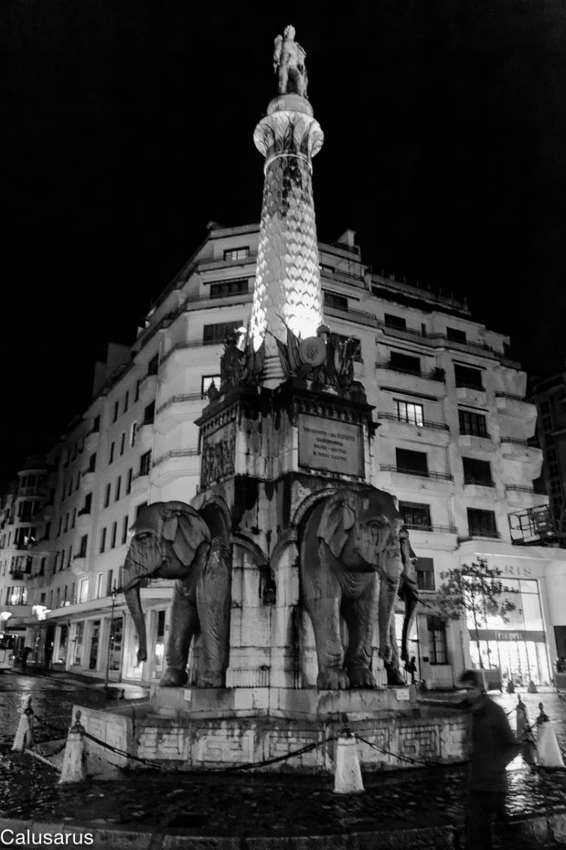 Chambery N&B monument