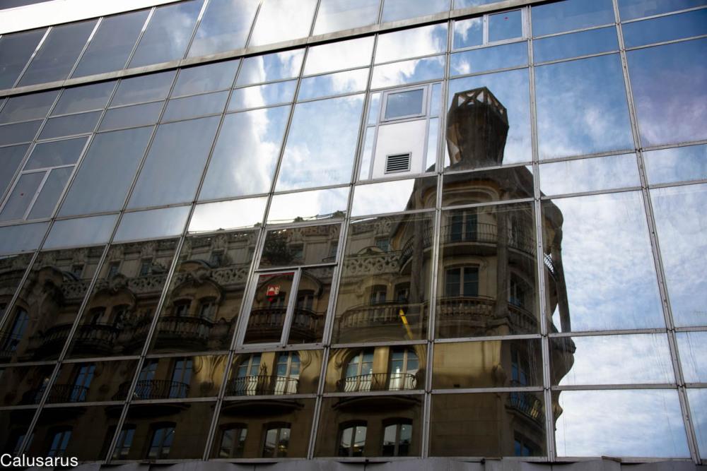 Paris reflet fenetres