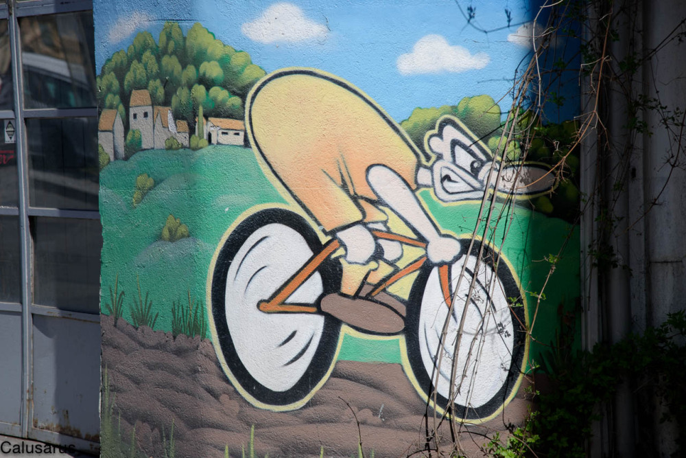 Graffiti cyclisme Gap