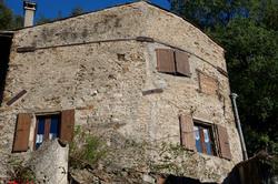 Mur architecture Ardeche