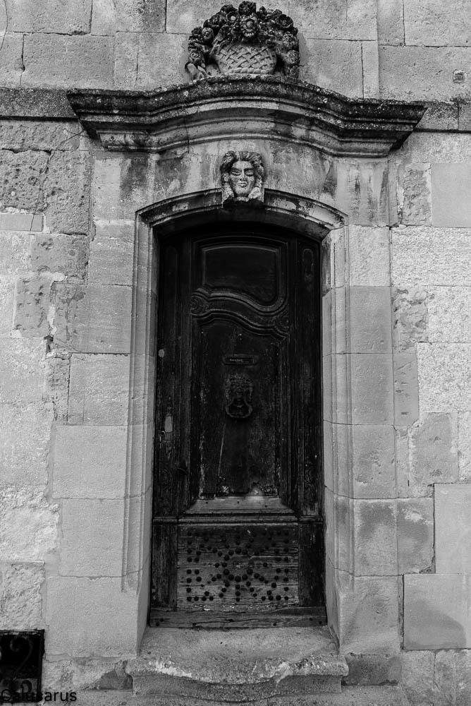 Porte N&B Baux-De-Provence