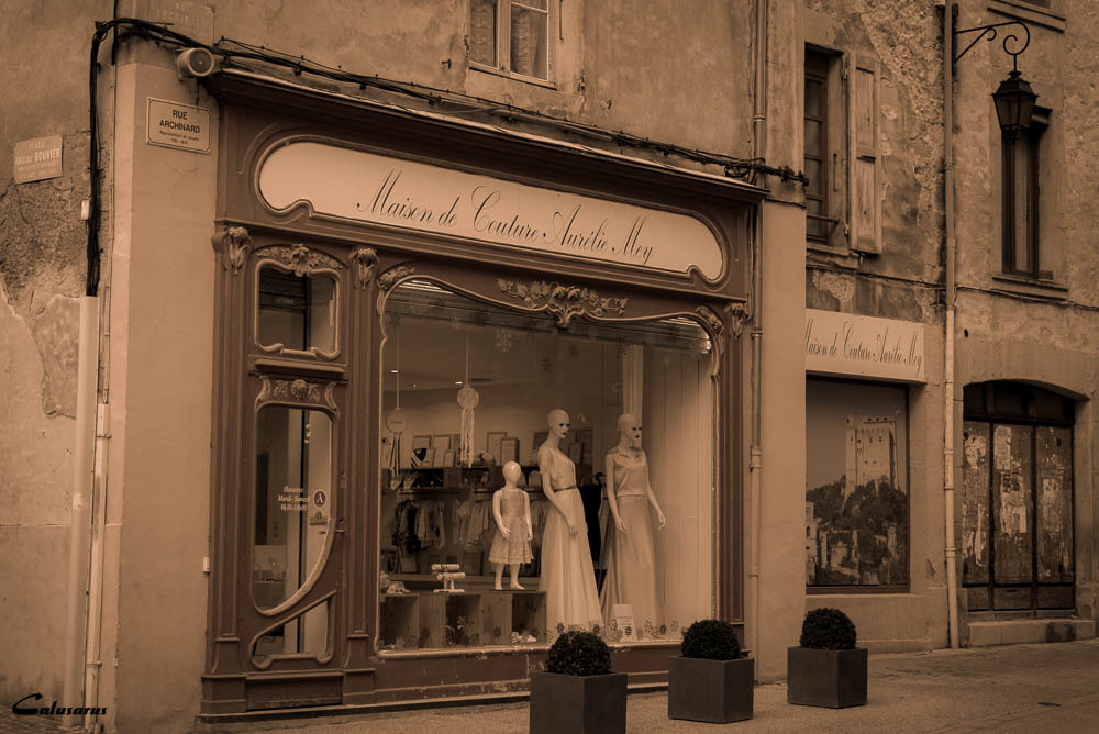 Rue Crest Magasin Drome 26
