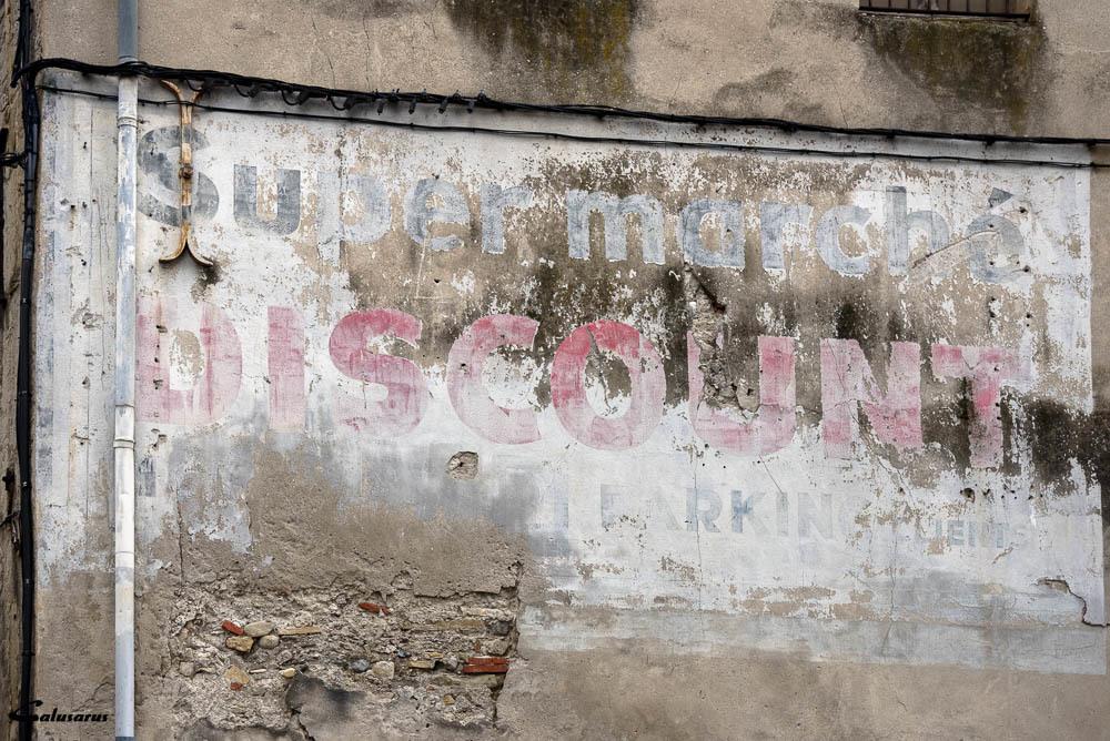 Crest Drome 26 Graffiti