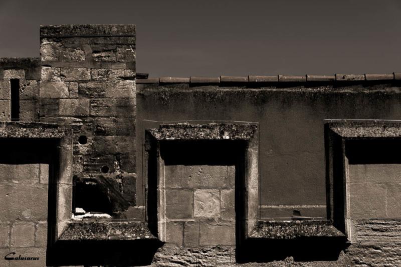 Architecture N&B Arles