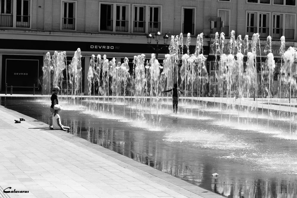Ville N&B Silhouette fontaine