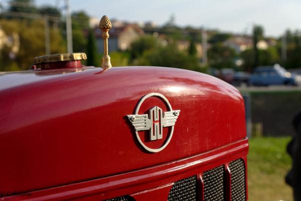Drome 26 St-Marcel-Les-Valence Tracteur