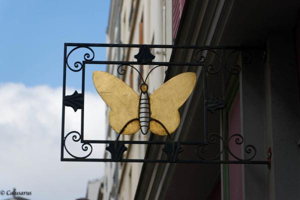 Papillon Paris Enseigne