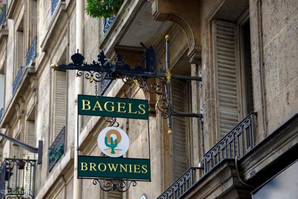 Eneigne rue Paris
