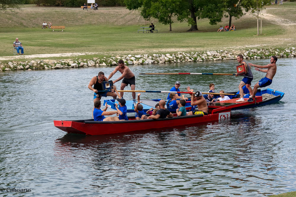 sport drome 26 la-roche-de glun bateau silhouette