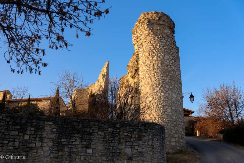 Ruine Drome 26 N&B Cobonne