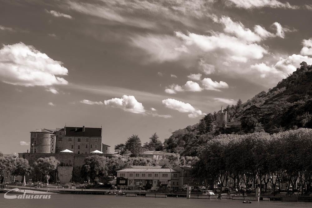 Paysage Ardeche Tournon Rhône N&B