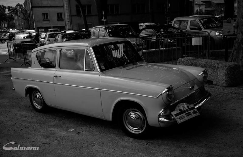 Automobile Ardeche Tournon N&B