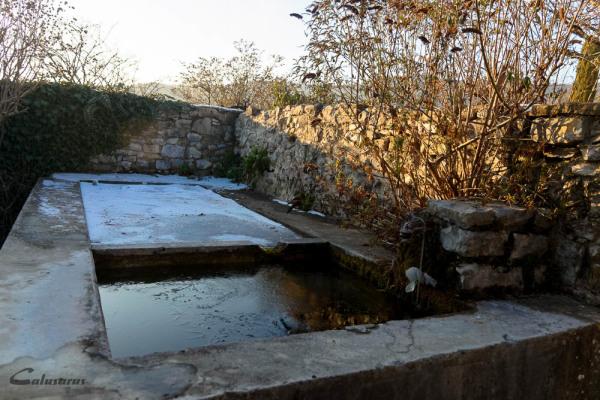 Fontaine hiver Drome 26 Cobonne