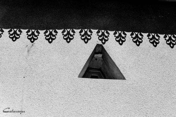 Ombre Fenêtre N&B MERCUROL-VEAUNES DROME 26
