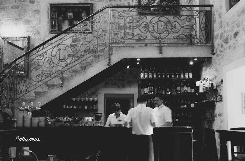 N&B Restaurant Croatie Silhouette