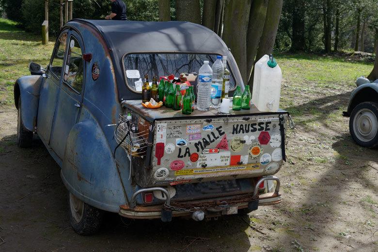 Automobile 2CV Rhone Sathonay
