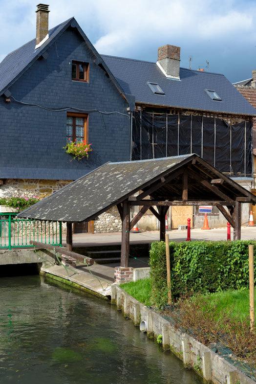 #Eure #Cormeilles #Paysage #Riviere #Toit