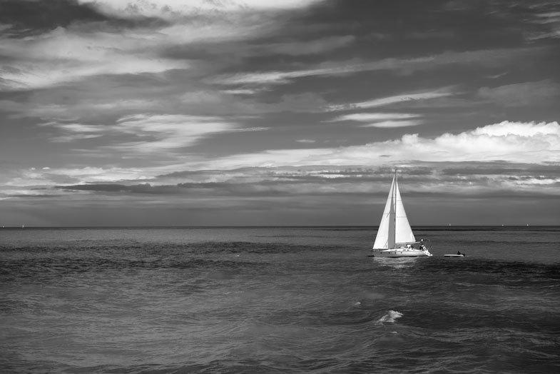 N&B mer bateau paysage