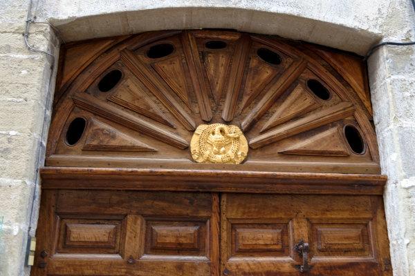 Art Drome 26 Porte Animal  Crest