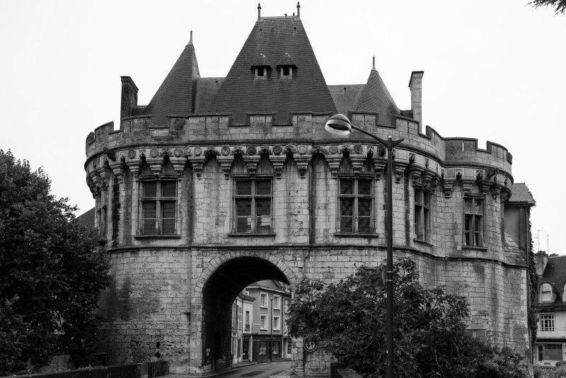 Architecture N&B Chateau Rue