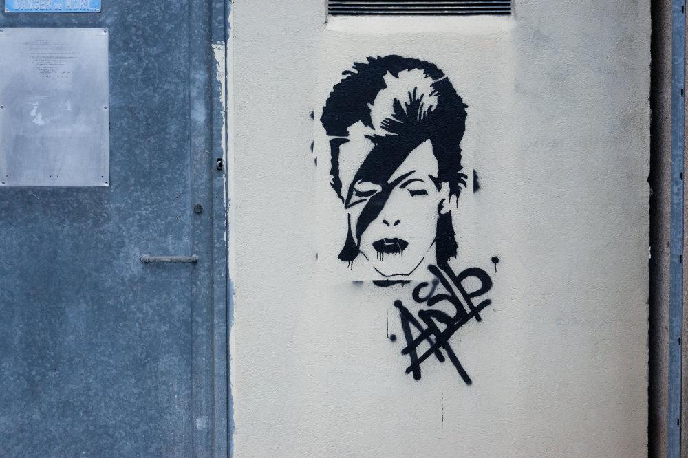 Graffiti Drome 26 David Bowie Valence