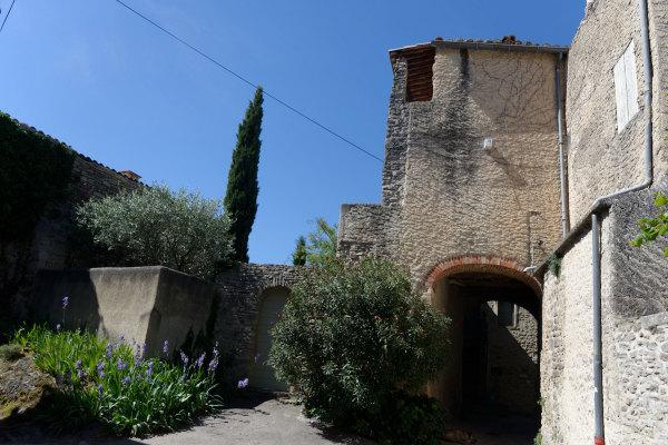 Architecture ombre Vaucluse Tour
