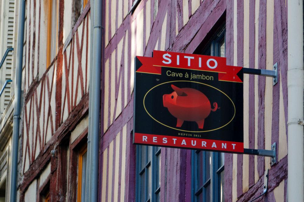 Enseigne Restaurant Rouen Animal