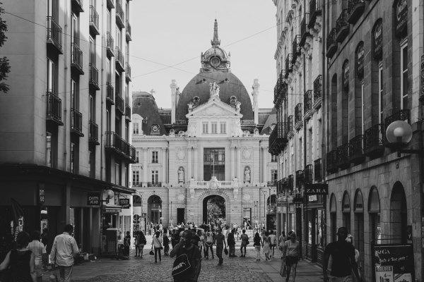 Rue Rennes N&B Architecture