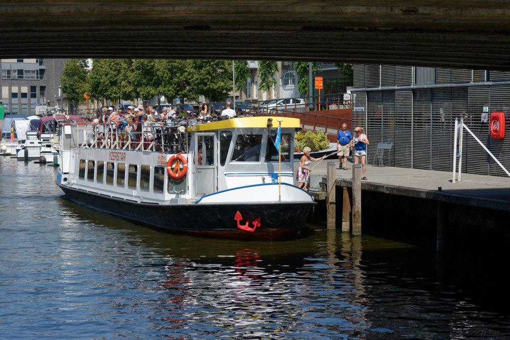 Bateau Riviere Pont Belgique