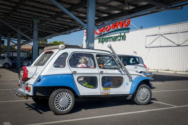 Drome 26 Chabeuil automobile Citroen Dyane