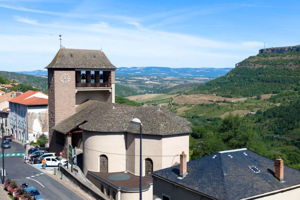 Paysage Ville Eglise Tour Montagne